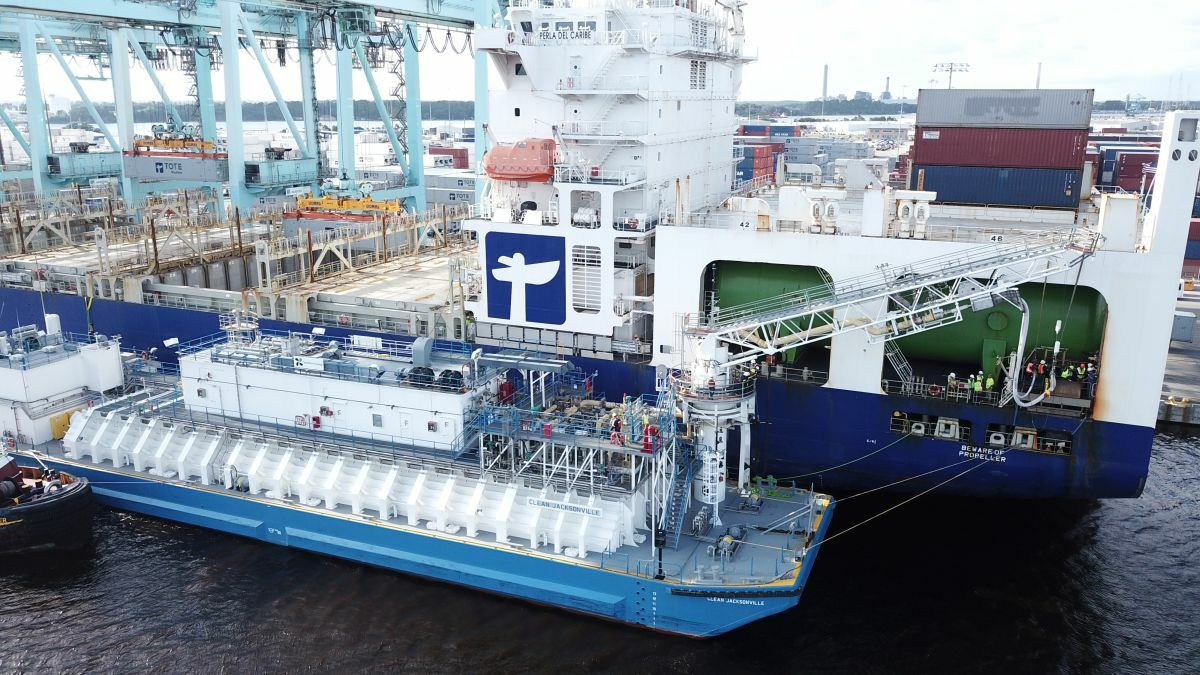 Clean Jacksonville refuels TOTE's two US-flag, Jones Act containerships (image: GTT)