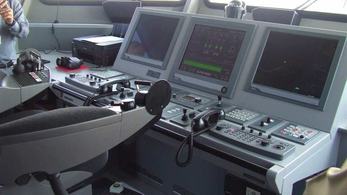 Vessel OT can be remotely monitored and software updated from shore