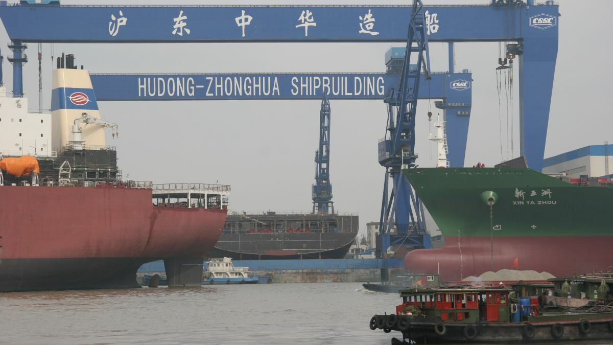 Hudong Zhonghua shipyard: K Line has placed contracts for two mid-size LNG carriers
