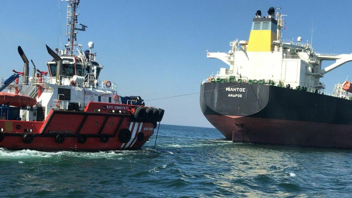 Salvors mobilised to grounded and capsized tankers