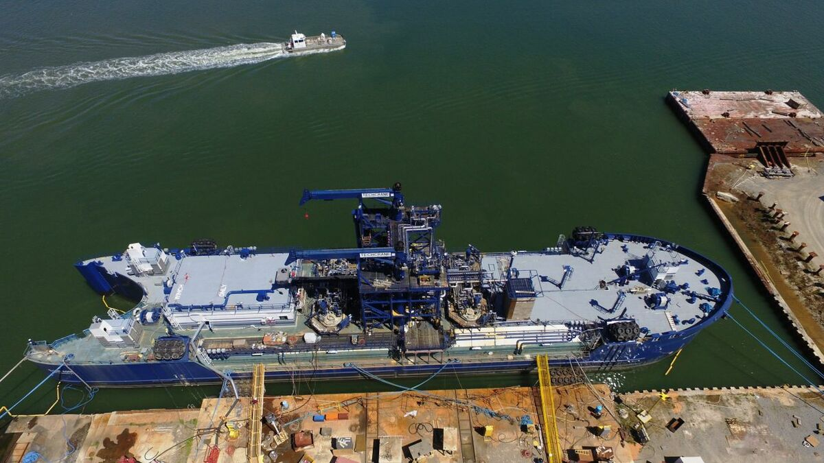 Q-LNG 4000 ATB barge remains uncompleted at VT Halter shipyard