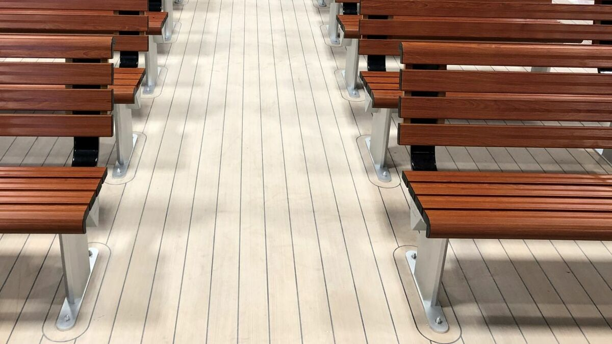 Passenger ship flooring: LED, sustainability and safety