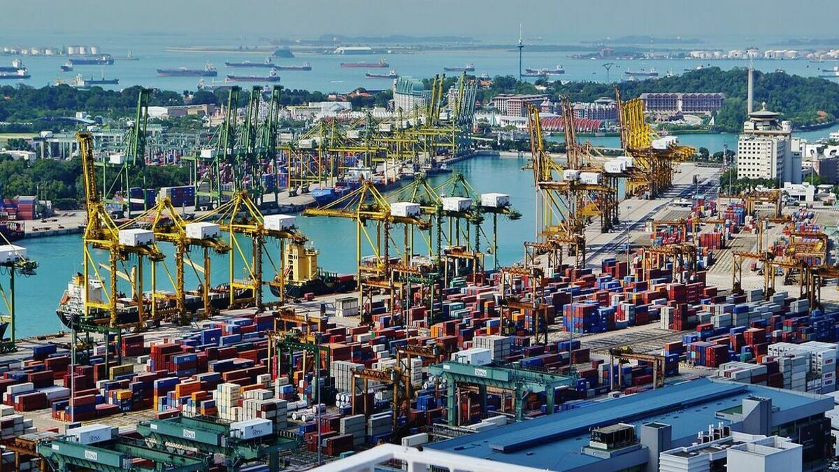 Singapore bunkering: others suppliers quick to replace OBS (Credit: Zairon/Wikimedia Commons)
