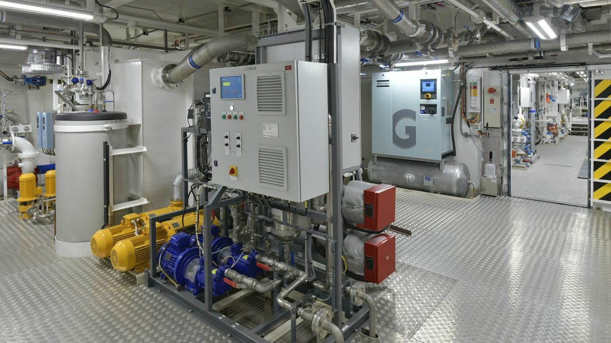 Island-class ferries have two battery rooms, each with 400 kW of batteries