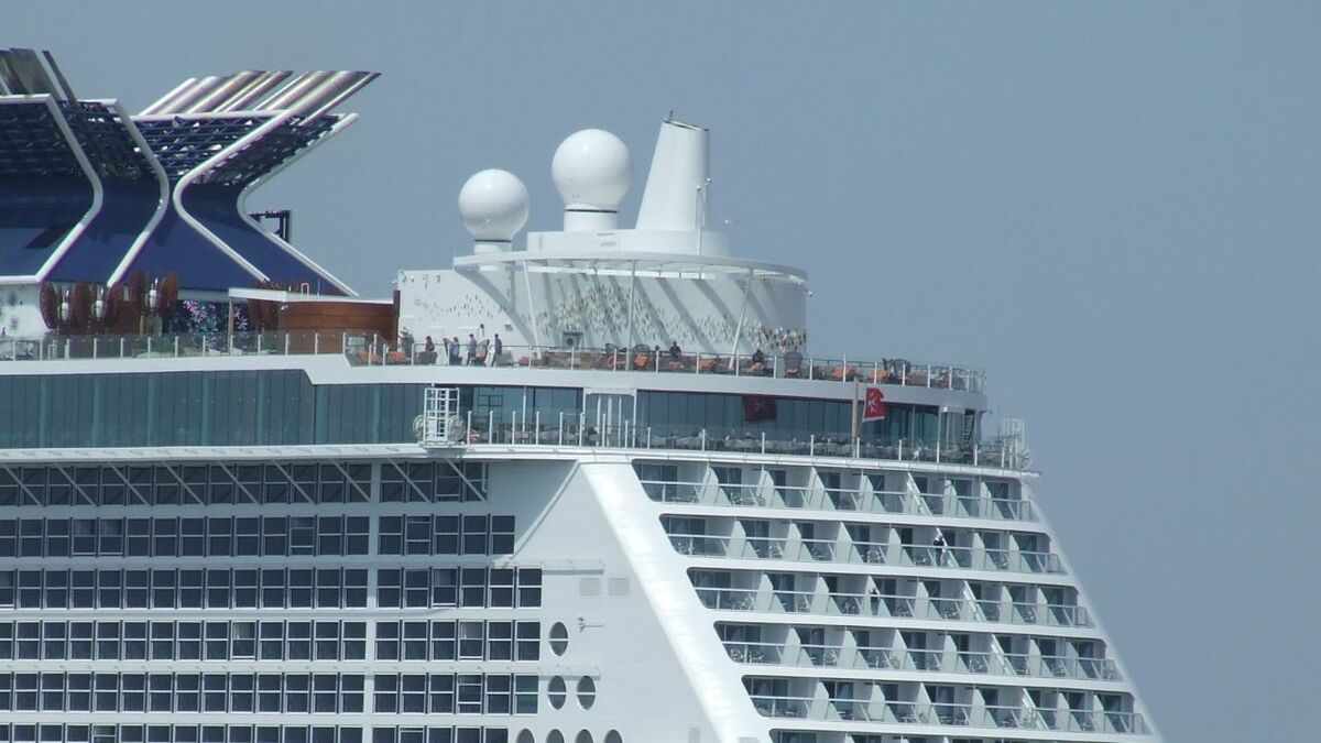 Speedcast provides satellite communications to cruise ships