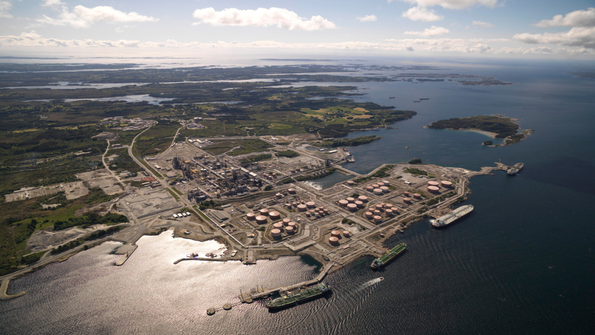 Norway picks site for potential liquid hydrogen production plant for maritime