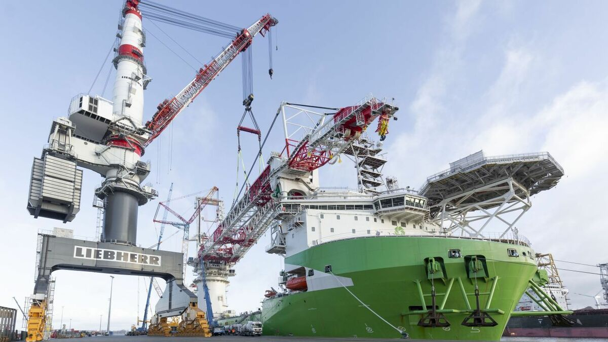 The crane on DEME's installation vessel Orion was severely damaged in the 2 May 2020 incident