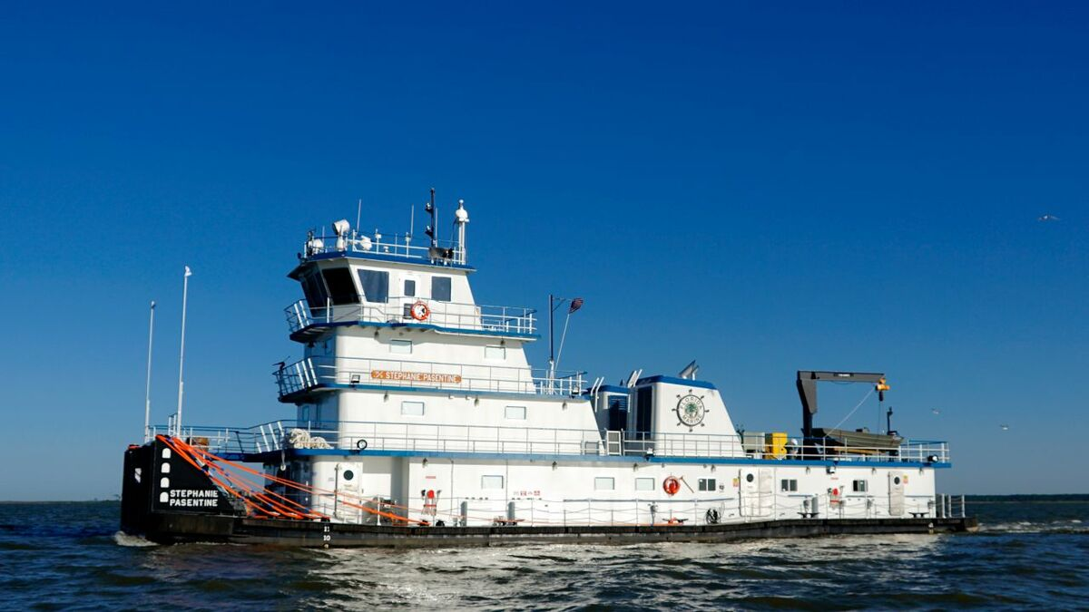 Metal Shark-built new inland towboat Stephanie-Pasentine for Florida Marine Transporters