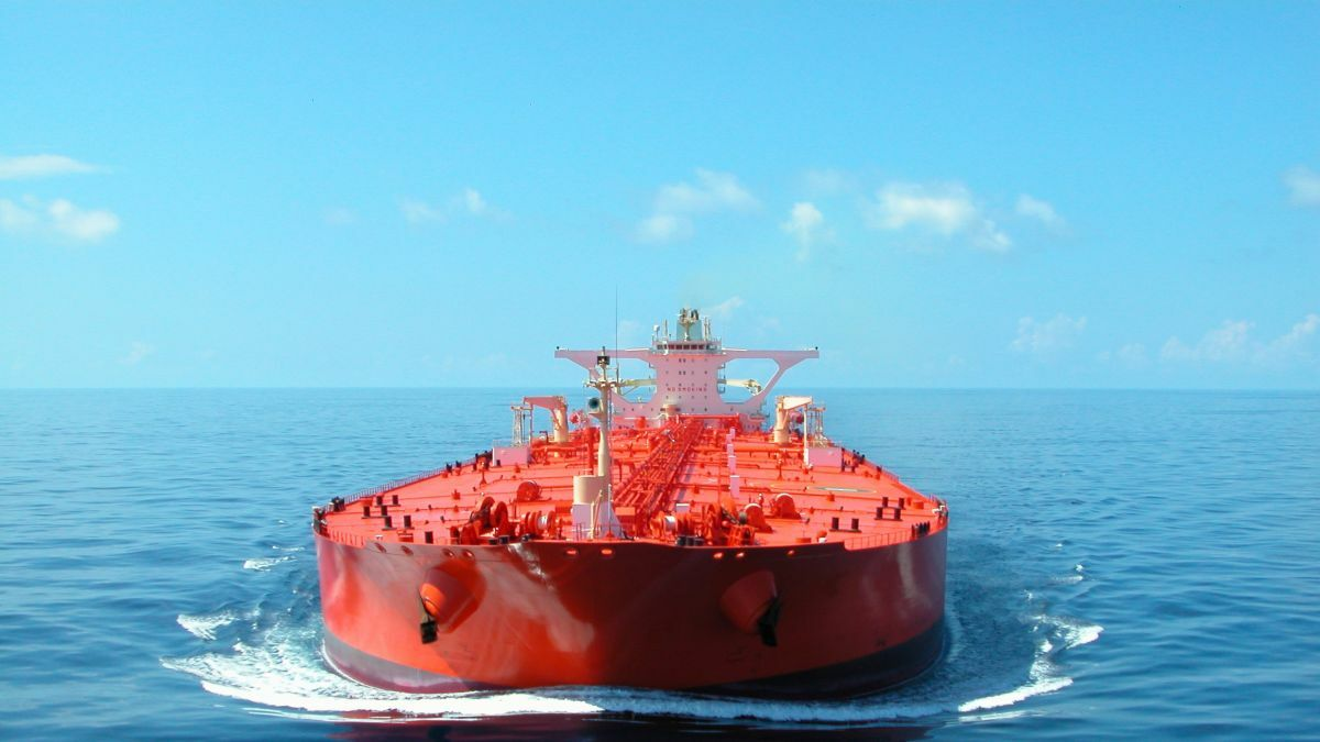 The newbuilding market has been quiet, with AET's LNG-dual fuel VLCCs being the outstanding contract