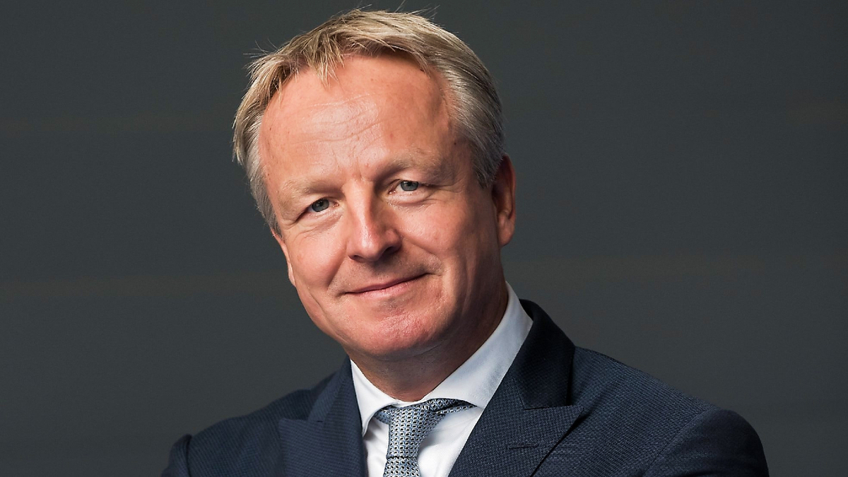Maarten Wetselaar (Shell): This decision is consistent with our disciplined approach to capital investment