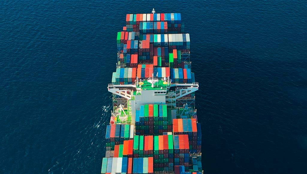 Size, renewable energy and digitalization: How containerships win tomorrow