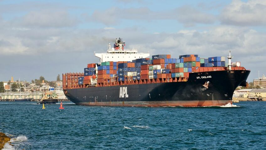 Australian authorities order container search and salvage