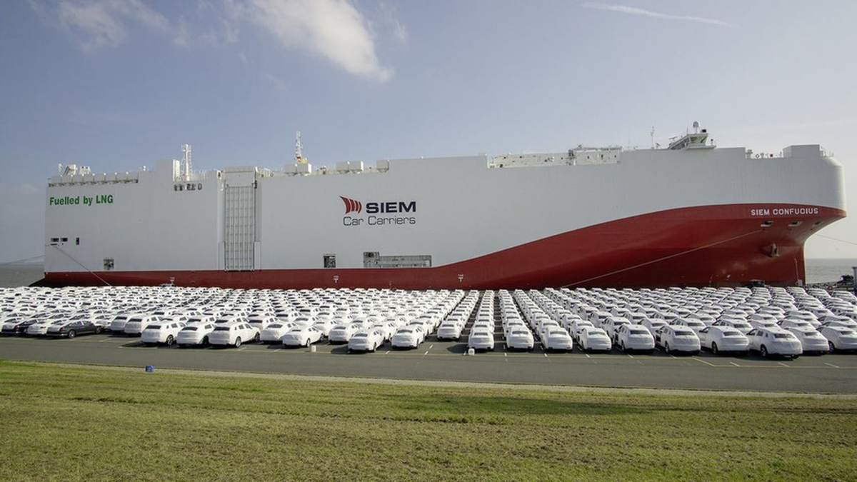 Siem Confucius and its sister ship will help Volkswagen advance its carbon-neutral strategy