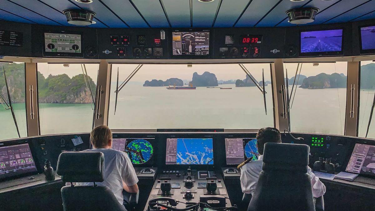 Genting cruise ships bridge systems include dual Wärtsilä ECDIS and radar