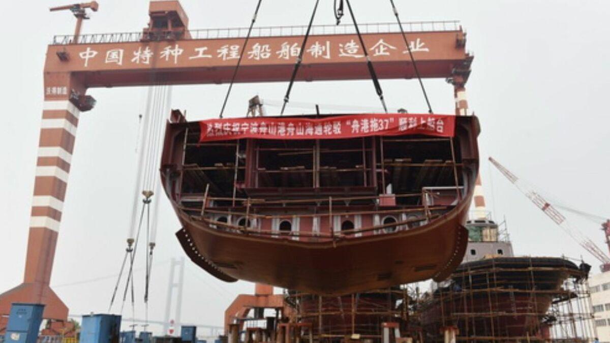 Jiangsu Zhenjiang shipyard starts block assembly for Zhoushangang Haitong tug