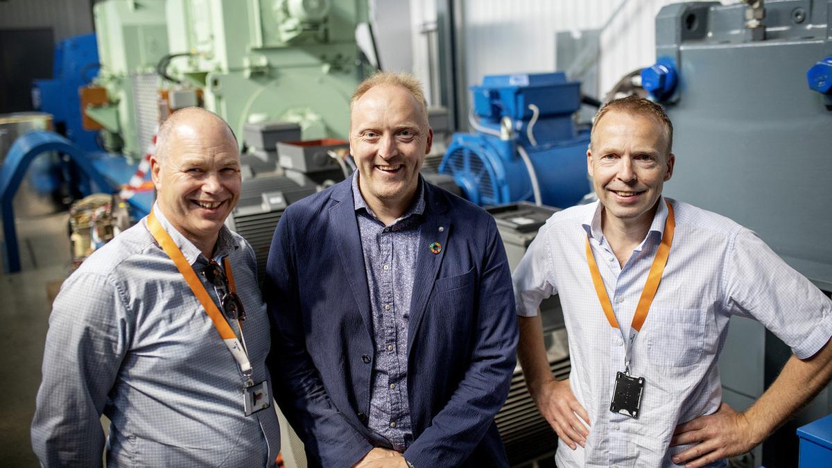 Project leaders: Egil Hystad, Wärtsilä, (L) Willy Wågen, Sustainable Catapult, (C) and Kjell Storelid, Wärtsilä (R) (Image: Wärtsilä)