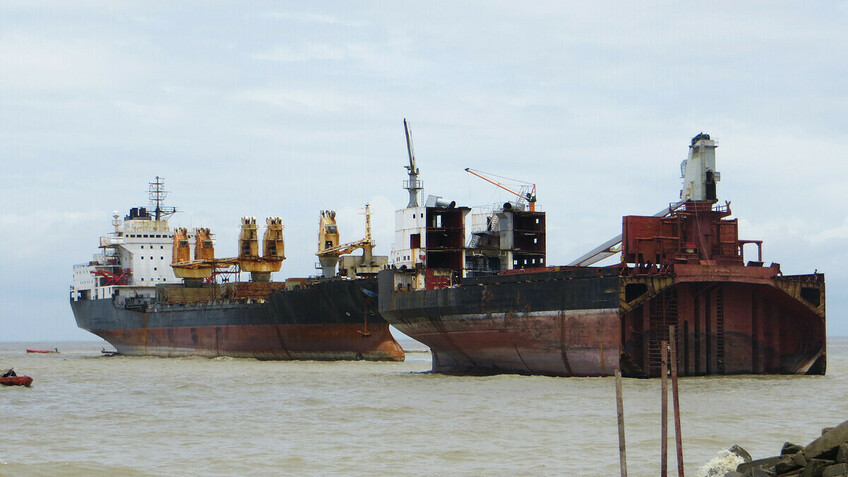 Invest in IT and digitalise ship recycling documentation