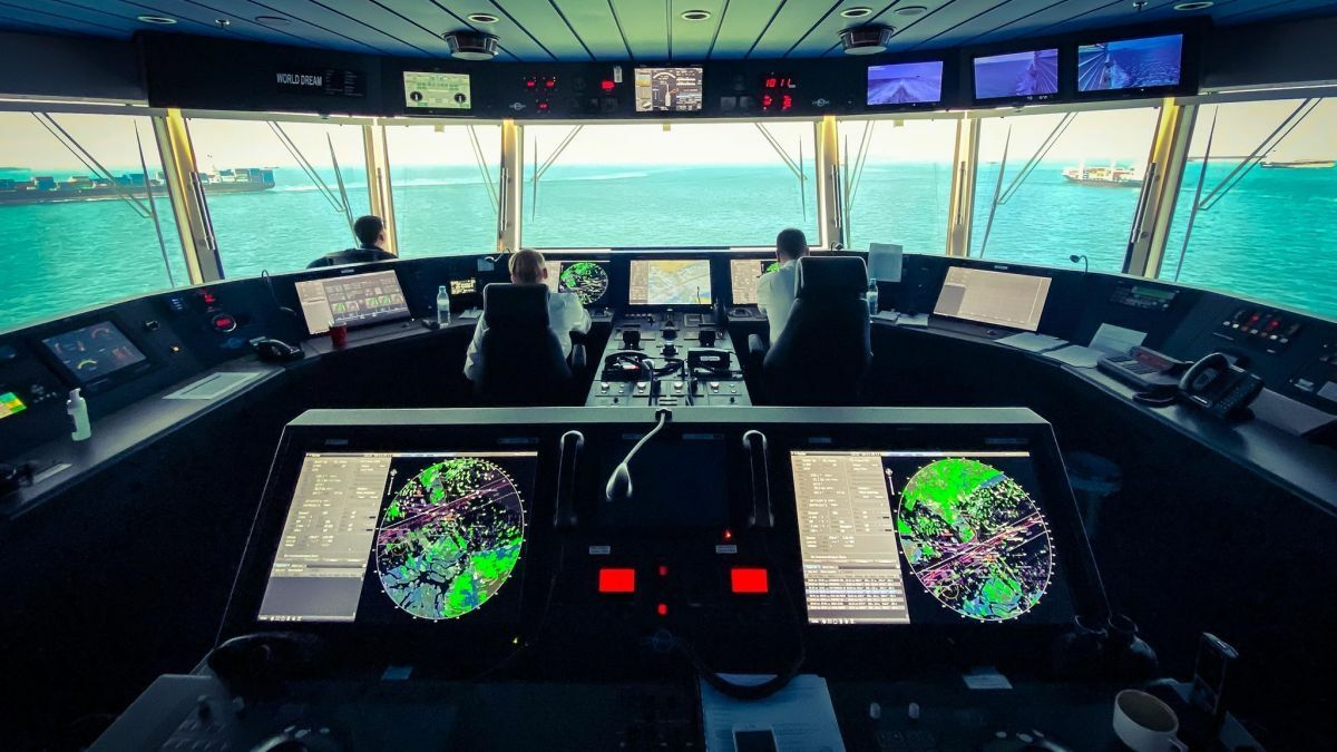 Integrated bridge system on a Genting cruise ship has high levels of alarm management