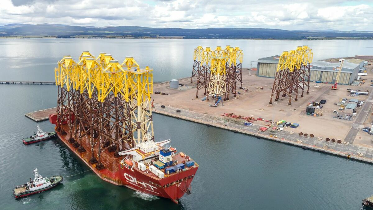 The first batch of jacket foundations for Moray East arrive at Nigg
