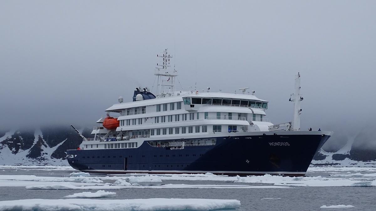 Pictured: polar expedition vessel Hondius, sister vessel of Janssonius (Image: Schottel)
