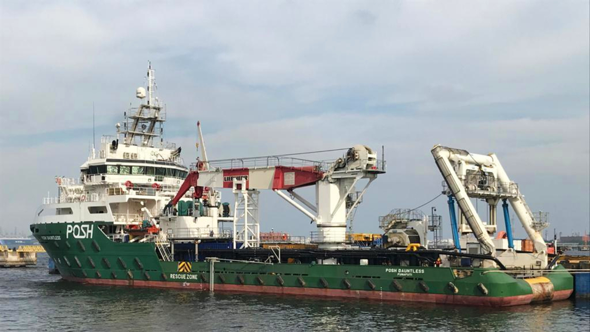 POSH Dauntless underwent several modifications, including retrofitting a 50-tonne offshore crane, prior to mobilisation