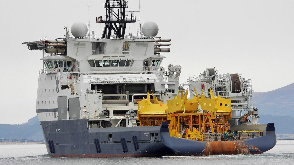 Deep-water installation vessel Island Victory (Source: Island Offshore/Roar Skjeret)