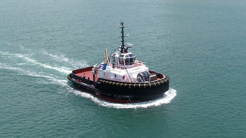 New US$8M terminal tug delivered to handle ultra-large container ships