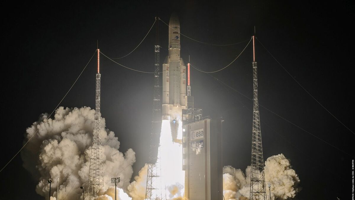 Ariane 5 launched Intelsat's Galaxy 30 satellite and MPV-2 in August (source: Arianespace)