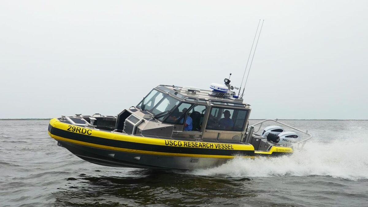 USCG will test Sea Machines/Metal Shark Sharktech 29 Defiant autonomous vessel (source: SMR)