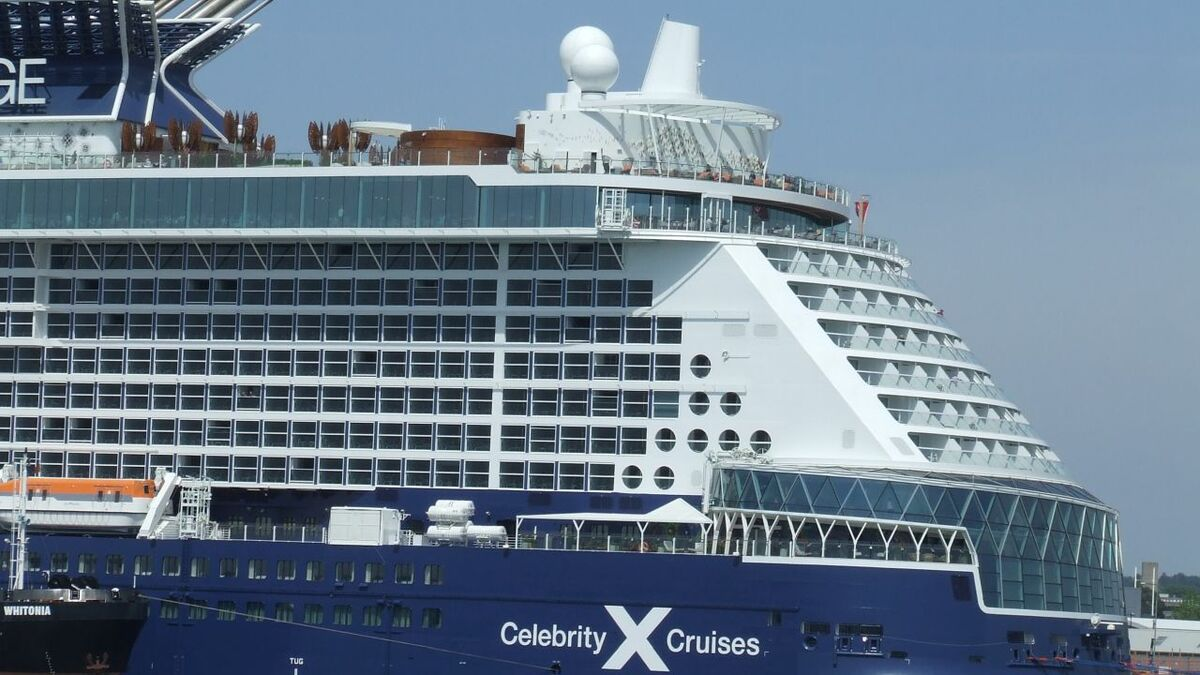 Cruise ship connectivity demand slumped in 2020 with ships laid up (source: RMM)