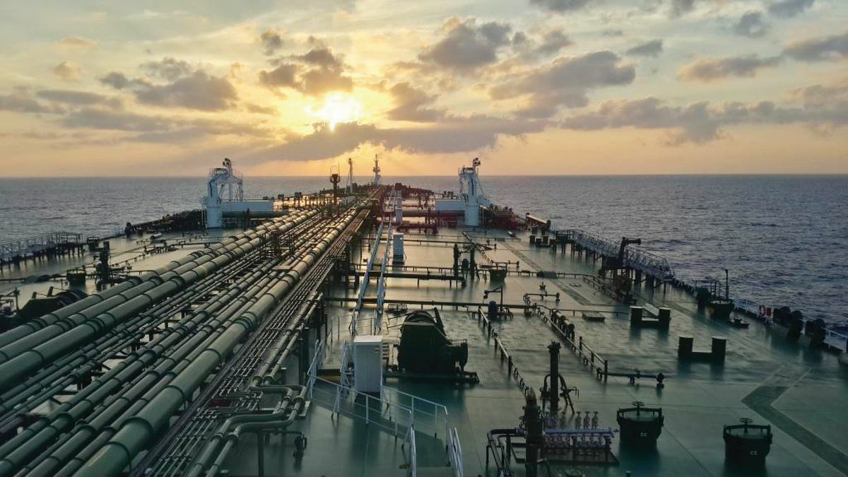 VLCC S&P market dominated by the sale of 20-year-old vessels