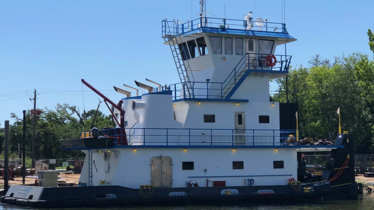 Rodriguez Shipbuilding delivered towboat Amelia Ray to L&L Marine in July (source: L&L)