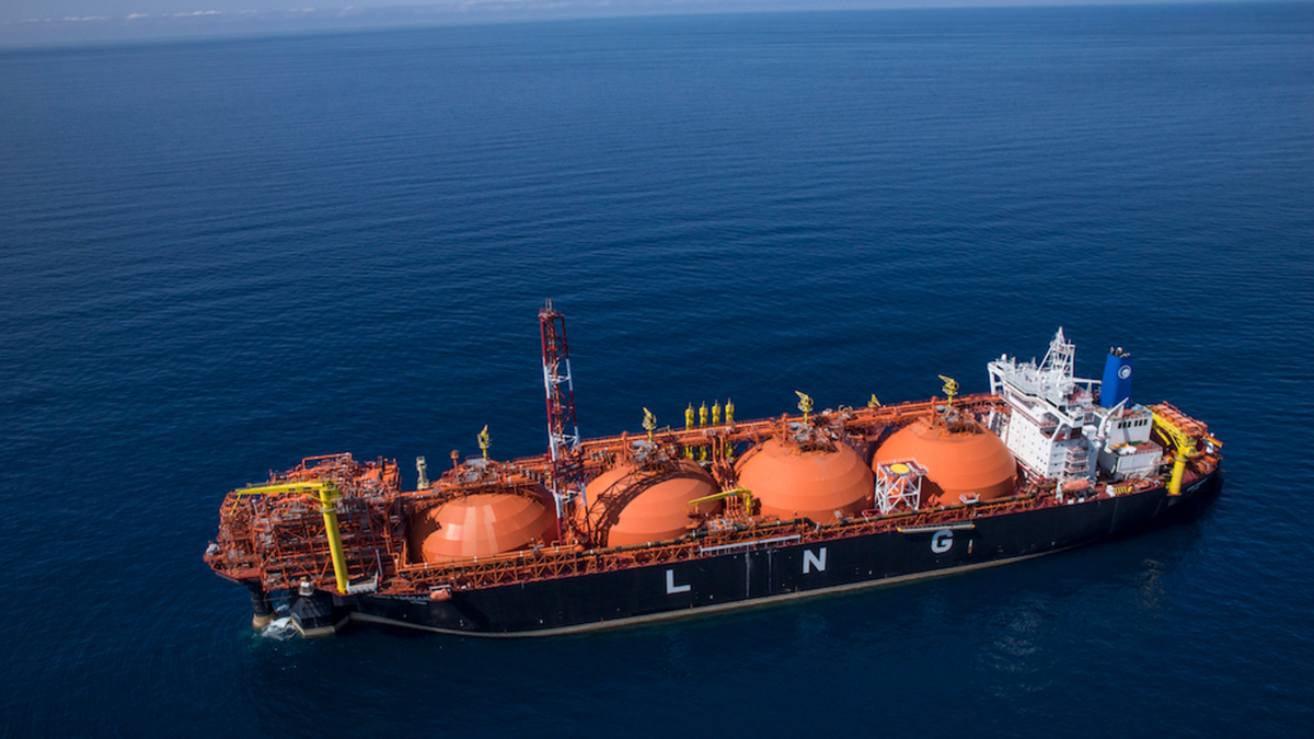 New small-scale LNG service at Italian regas terminal