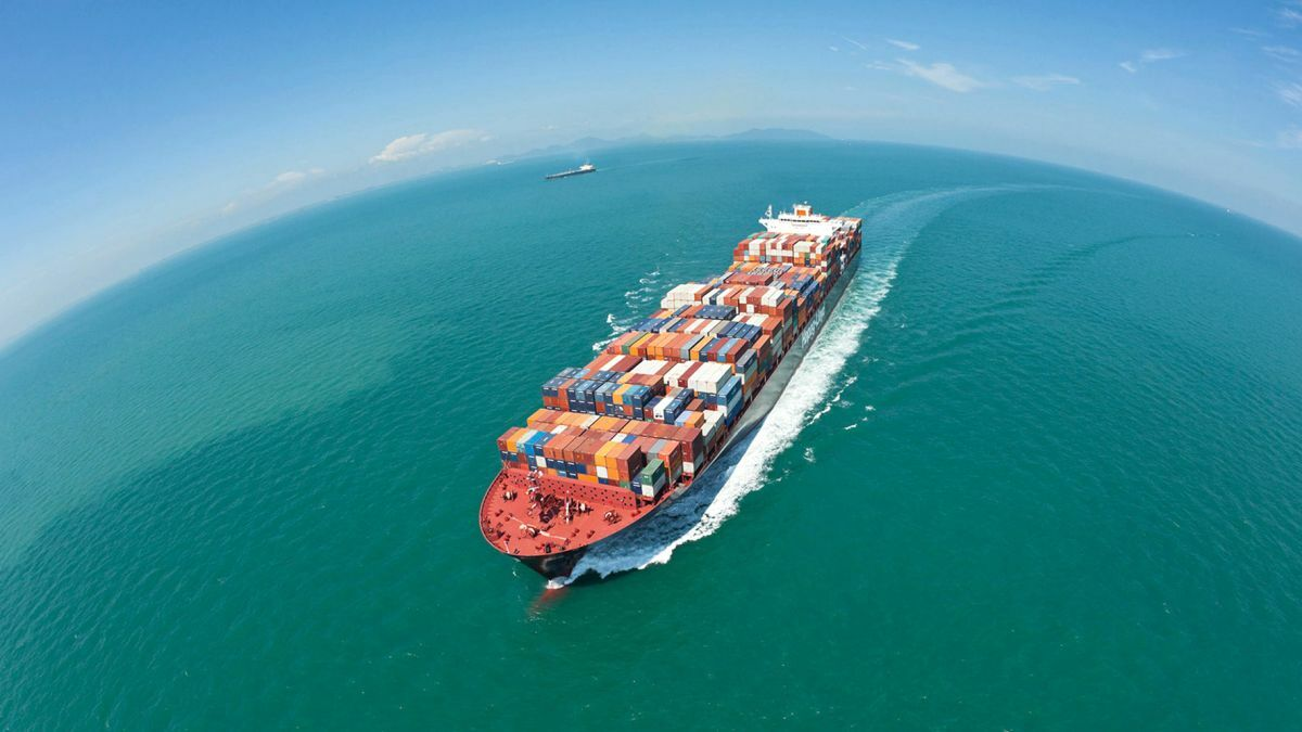 Lower fuel costs help container shipping rebound to US$1.8Bn profit