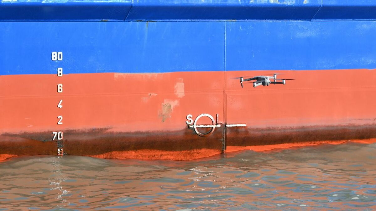 Foreship uses a drone for ship draught surveying (source: Foreship)