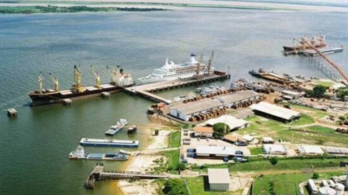 Port of Santarém is a hub for agricultural imports and exports (source: Wilson Sons)
