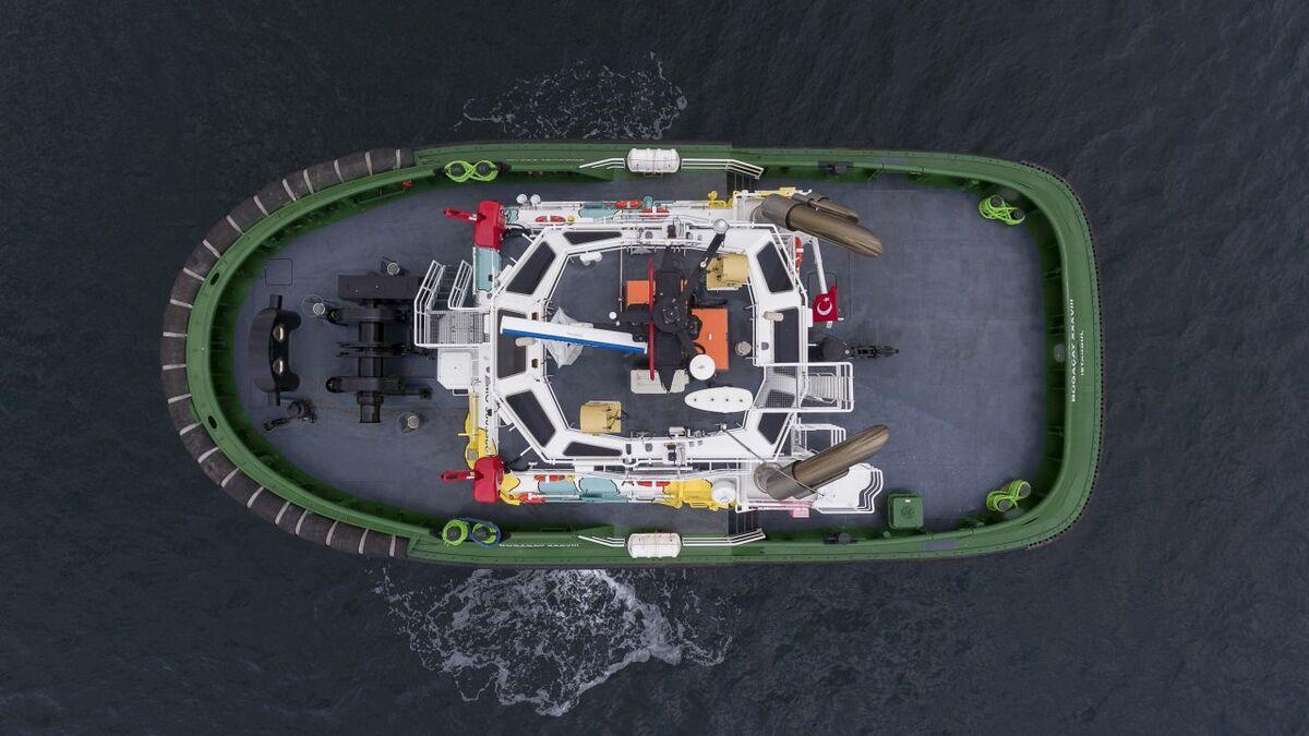 Samnar built a tug with Caterpillar AVD hydraulic hybrid propulsion