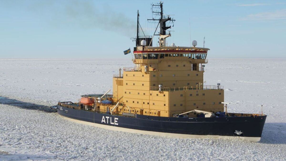 SMA and FTIA will replace old icebreaker Atle with a new design from Aker Arctic (source: Aker)