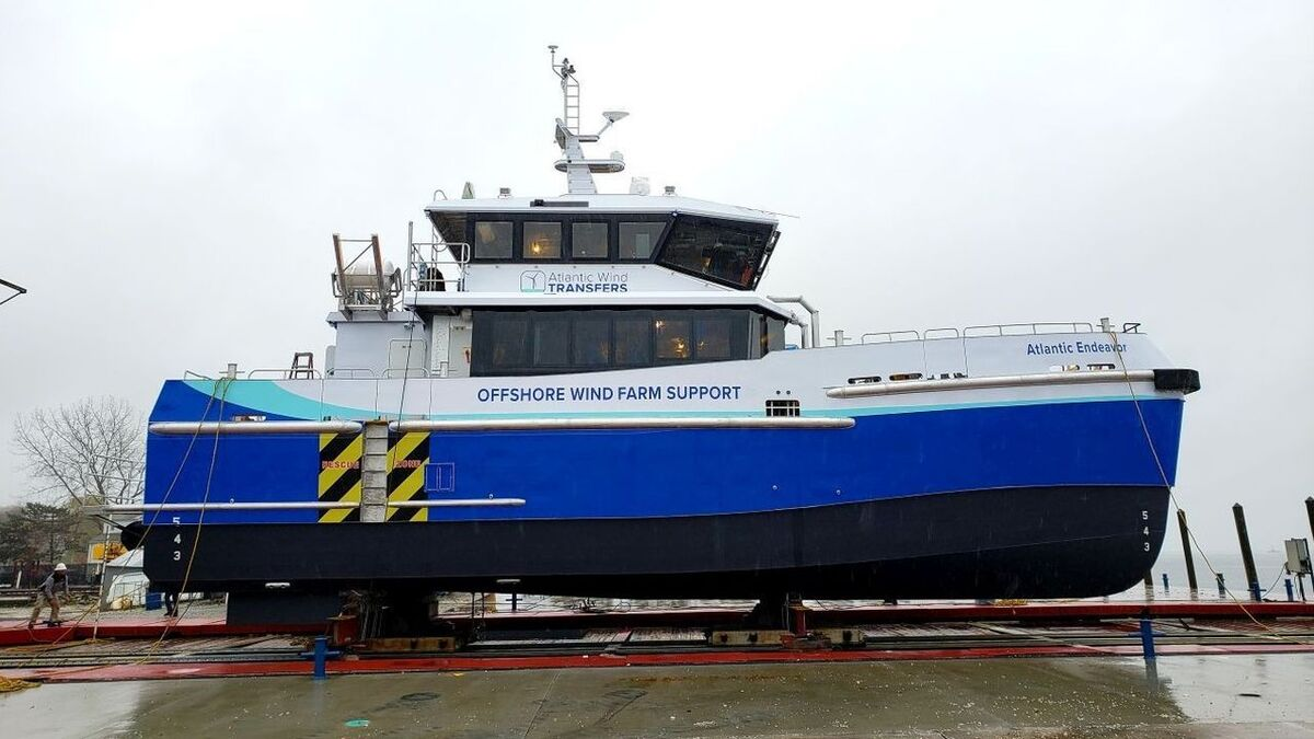 Atlantic Endeavour is a modified version of Chartwell Marine's Chartwell 24 crew transfer vessel