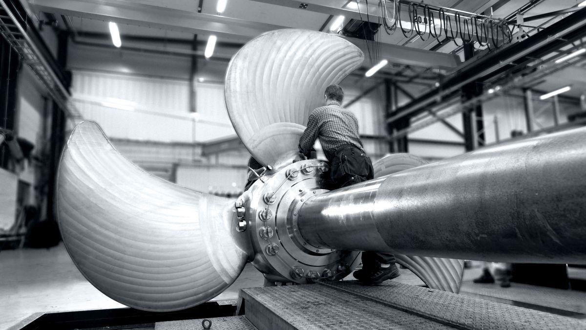 A 6.1-m diameter propeller being manufactured at Berg Propulsion's facility in Sweden (source: Berg)