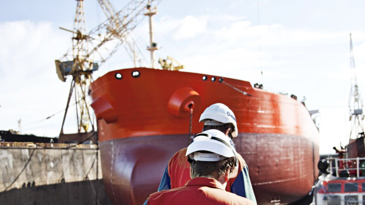 Coating advisers use algorithms to determine the best kind of anti-fouling for particular ships (source: Hempel)