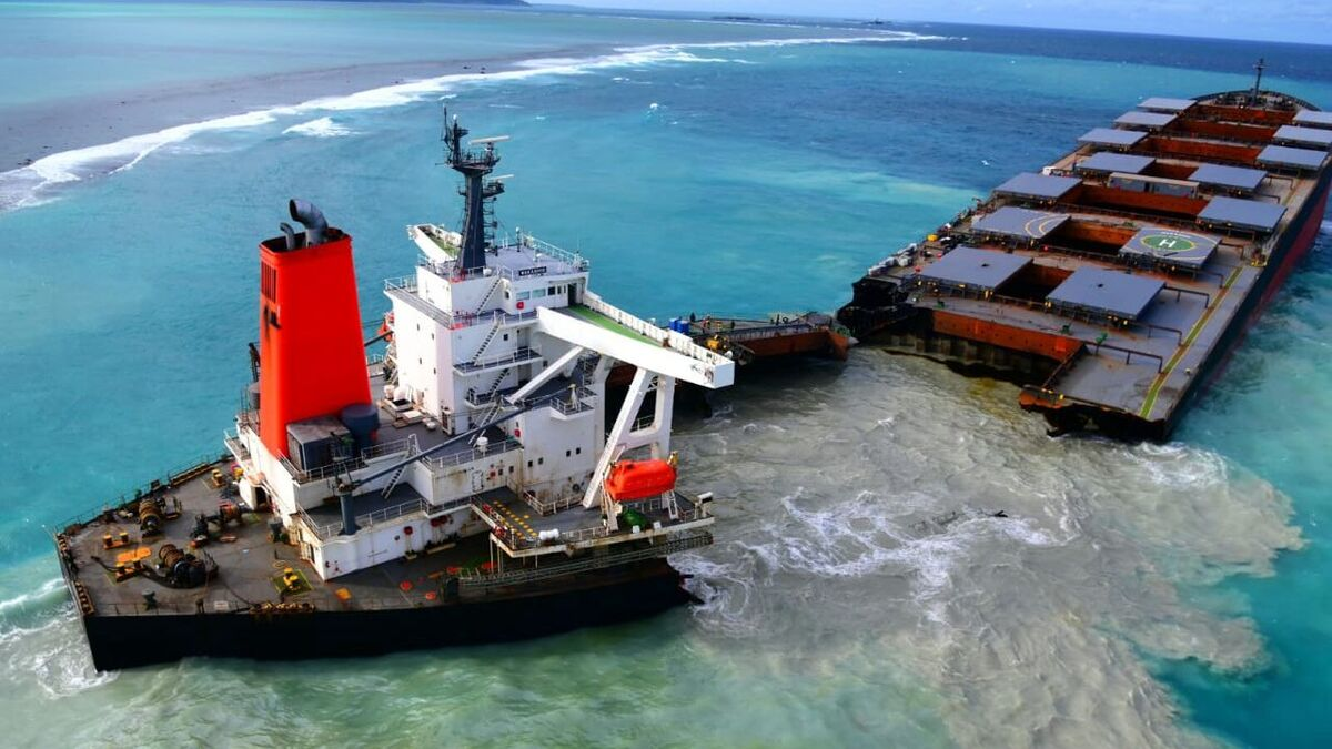 Wakashio split in two, producing oil pollution, on a coral reef in Mauritius (source: IMO)