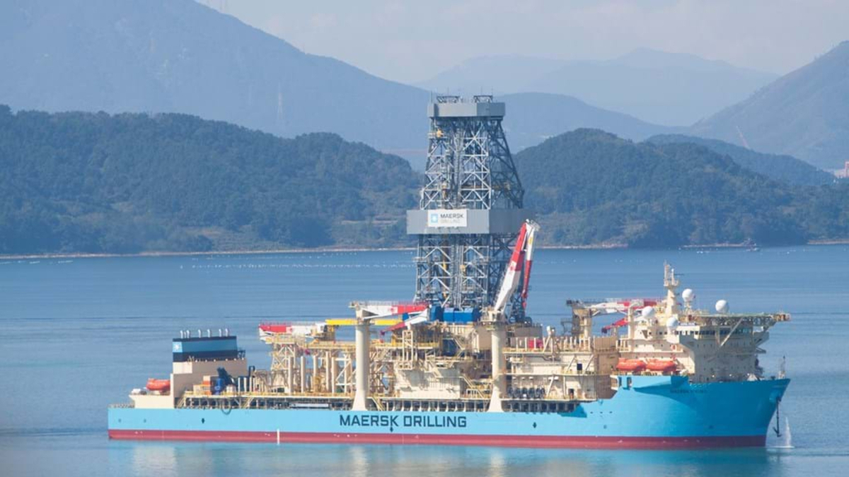 Maersk Viking is coming out of warm stack for drilling work for Brunei Shell (source: Maersk Drilling)