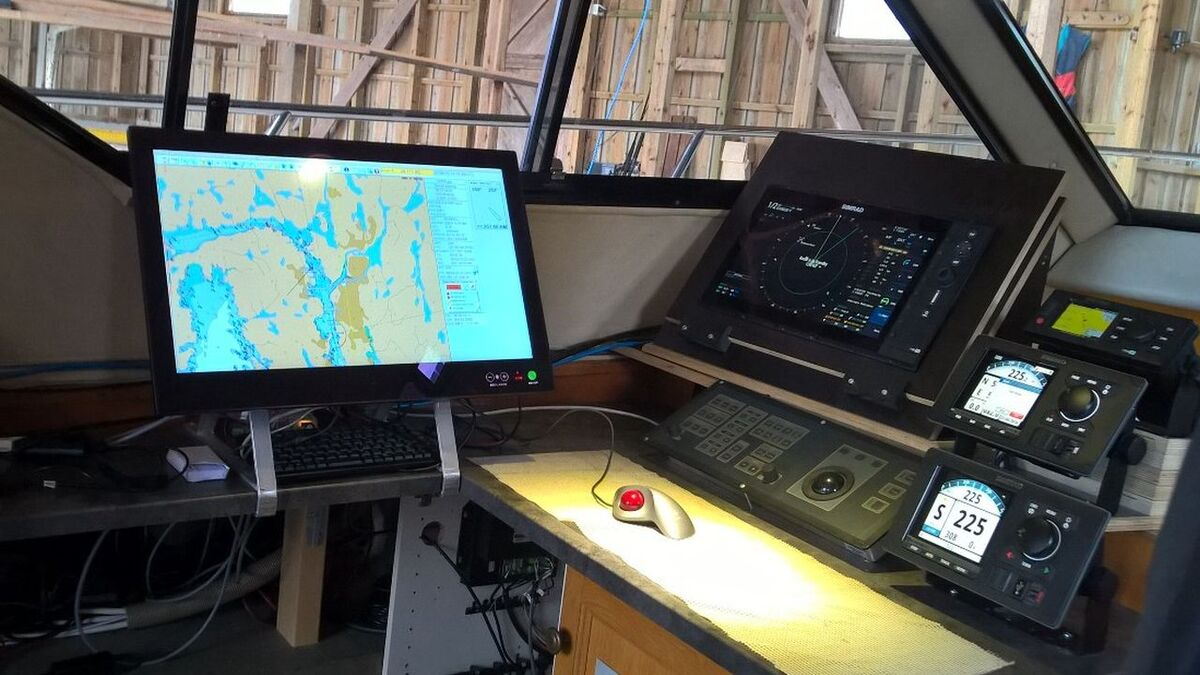 Navico C-Map and other bridge equipment on test vessel in Norway (source: RMM)