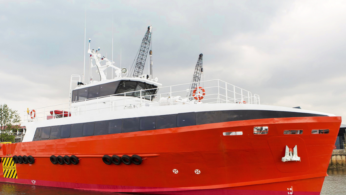 The aluminium-hulled crew boat has 70 reclining seats and a clear deck area of 120 m2 (source: Strategic Marine)