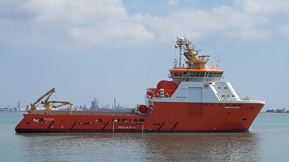 Normand Sirius AHTS assists drilling operations on Ichthys in Australia (source: Solstad)