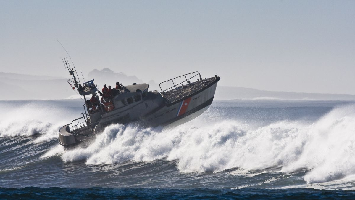 The US Coast Guard is responsible for enforcing regulations in America (source: US Coast Guard)