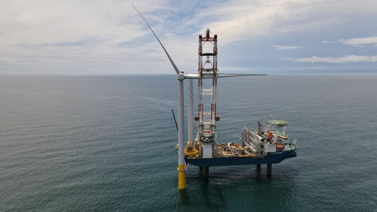 A European-owned tubine installation vessel installs turbines for Dominion Energy's CVOW project earlier this year