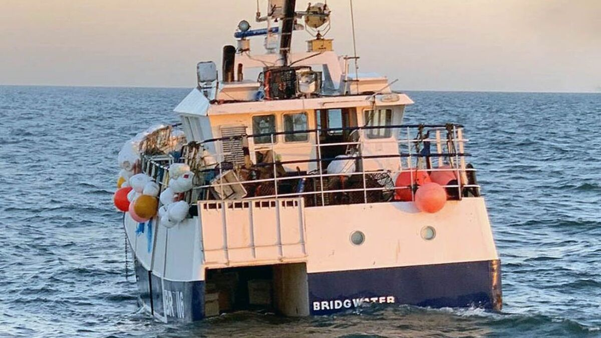 Galwad-Y-Mor fishing vessel was damaged by an external explosion (source: MAIB)