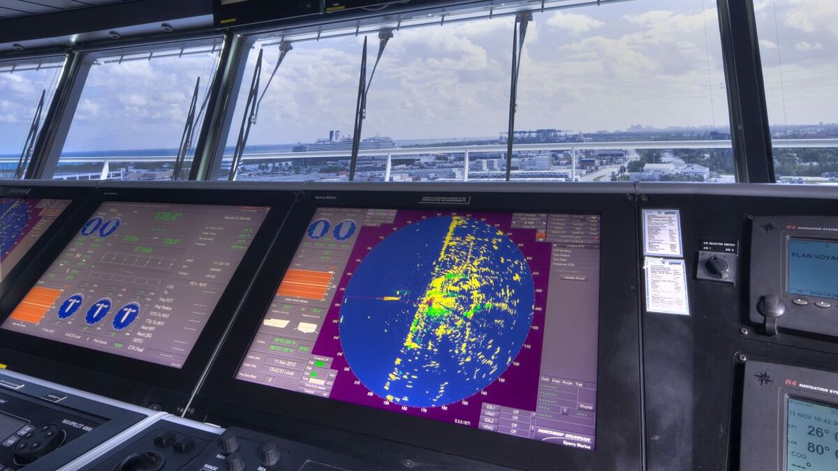 DNV GL can remotely class survey Sperry Marine bridge systems (source: Sperry)